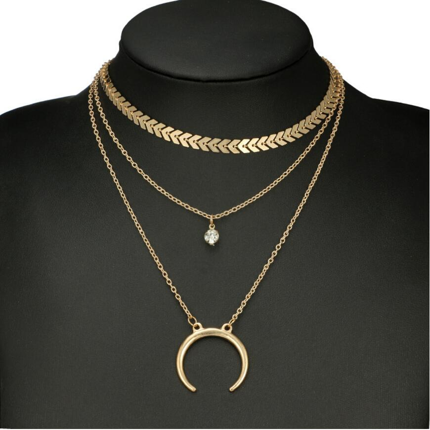collier femme cou
