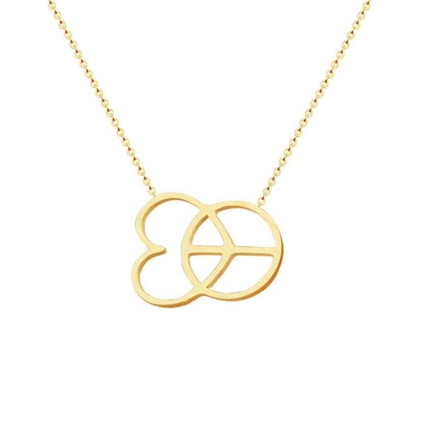 collier femme avec pendentif coeur or