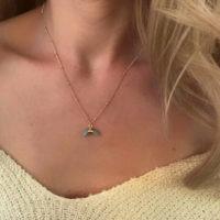 collier avec pendentif corne lune turquoise
