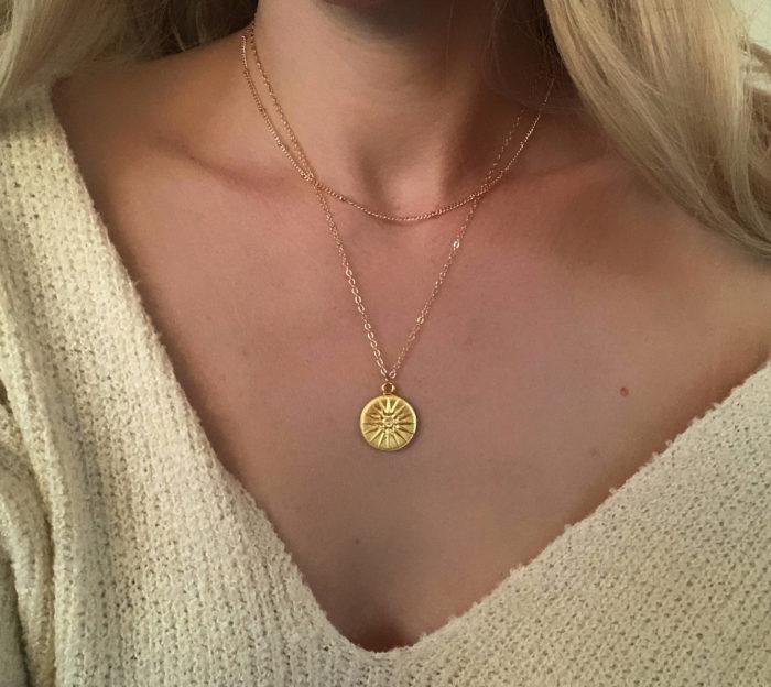 collier multirang avec pendentif original